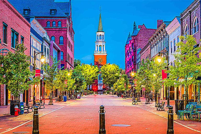 Top 5 College Towns to Visit
