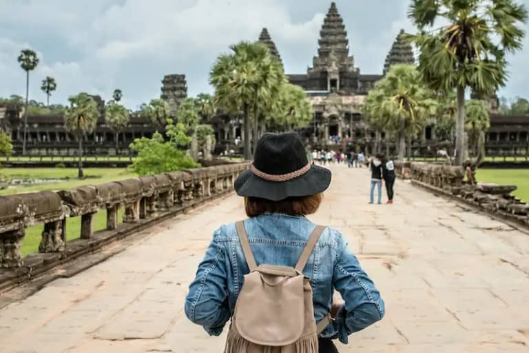Do's and Don'ts of Traveling Where You Don't Speak the Language