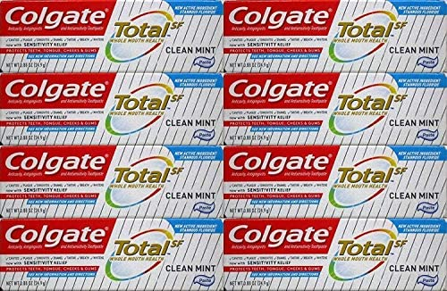 Colgate Total Toothpaste, Clean Mint, Travel Size, 0.88 Ounce (Pack of 8)